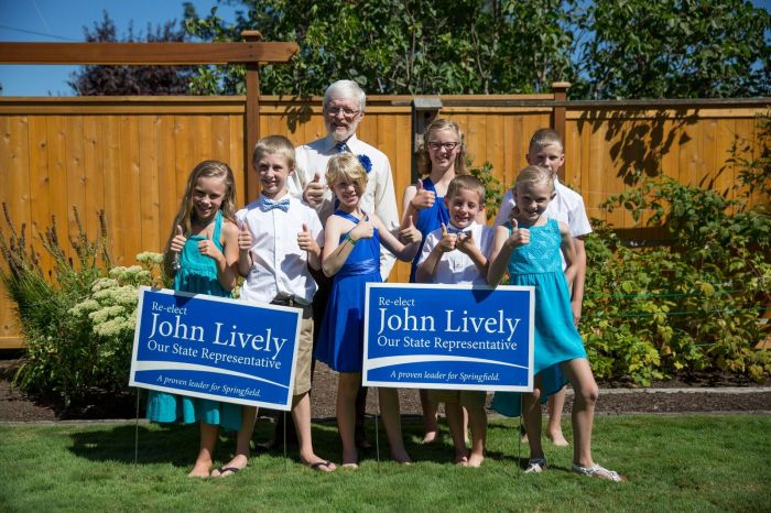Grandchildren lawn signs (4) 082916